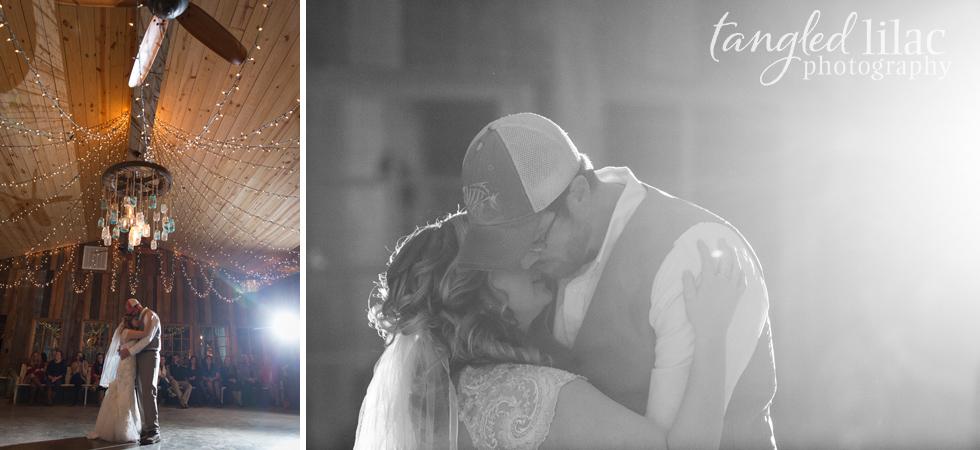 022-rustic-barn-wedding