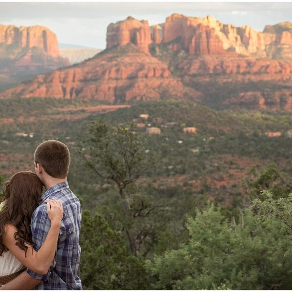 Sedona Engagement Session {Red Rock Crossing}