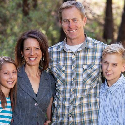 Spring Family Photos   Flagstaff Portraits