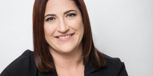 Renee Hanson – Personal Branding and Headshots