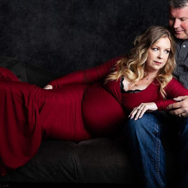 A Dramatic Studio Session for Maternity Photos