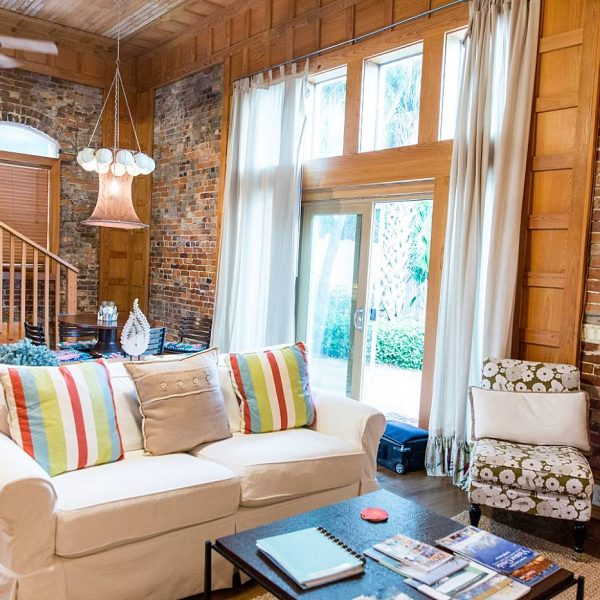 Charming AirBnB Cottage  | Real Estate Photographer